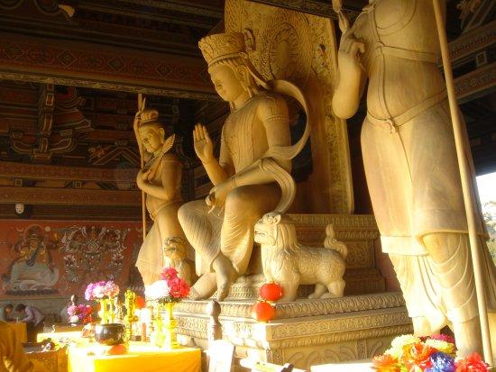 Datong, China: Inside de temple