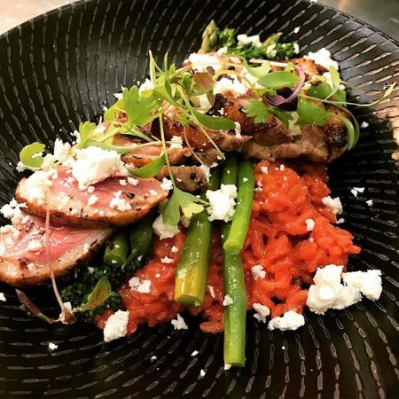 Mercure Albury: Duck, boeetroot risotto and fetta. Seasonal Menu.