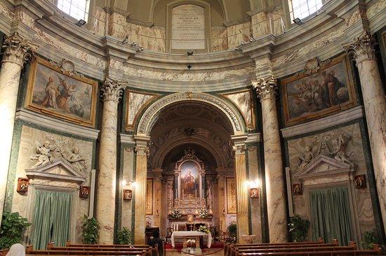 Ciudad del Vaticano, Italia: Interno Sant'Anna dei Palafrenieri