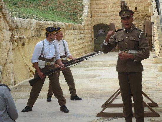 Kalkara, Malta: Ayton and bayonet display