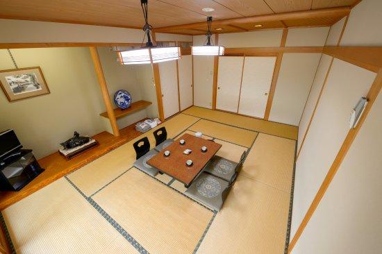 Shibata, Japan: 1階の部屋