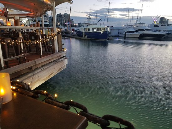 Glass Dining and Lounge Bar: 20171114_183159_large.jpg