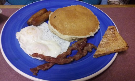 Brunswick, OH: Pancakes, eggs, bacon, sausage
