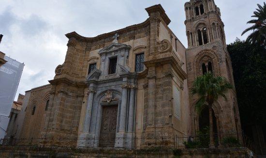 Santa Maria dell'Ammiraglio (La Martorana): esterno