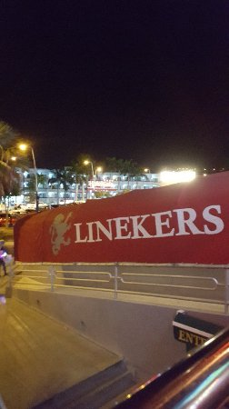 Linekers Bar : Great bar,could be better.