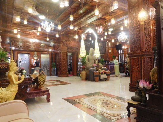 Hall d 39 accueil picture of okay boutique hotel phnom for Best boutique hotels phnom penh
