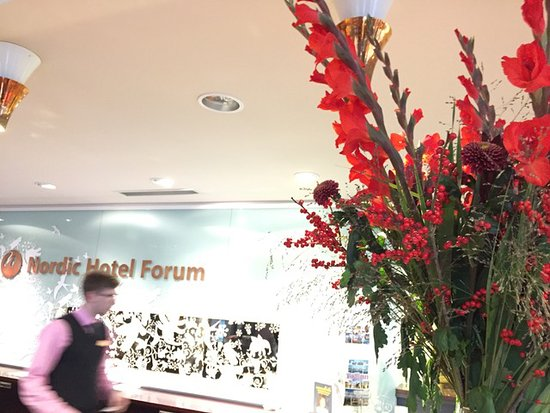Nordic Hotel Forum: Coming like home: fresh flowers and great service.