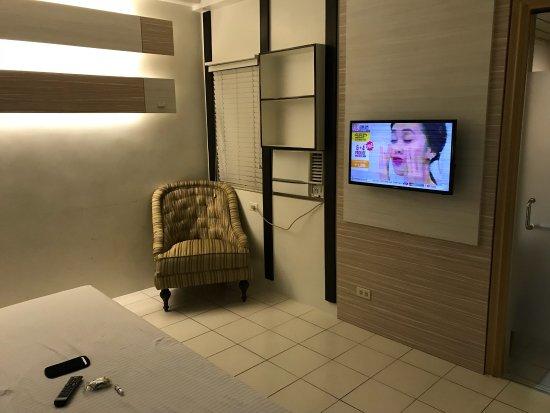 Executive Hotel Manila (formerly The Executive Plaza Hotel): photo1.jpg