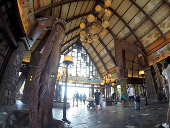 Aulani, a Disney Resort & Spa: フロント