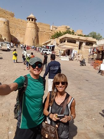 how to go to jaisalmer from ahmedabad