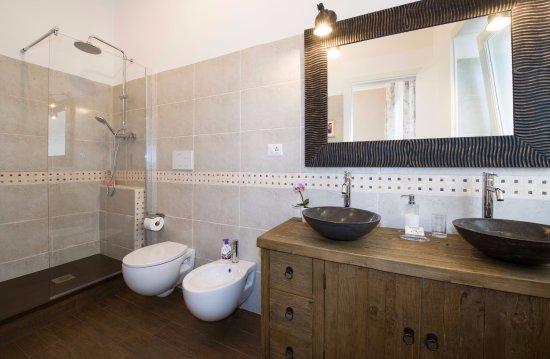 Bagno In Camera Design : Conforama mobili bagno camera matrimoniale valeria u viraltweets club