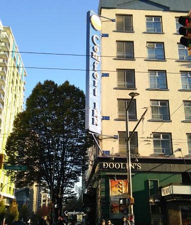 Comfort Inn Downtown: 日中のコンフォート。