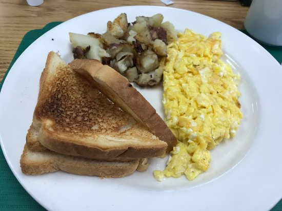 Chesapeake City, MD: 2 eggs scrambled, toast, home fries