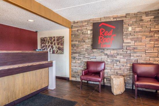 Lovely Red Roof Inn Columbia
