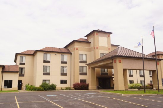 Comfort Inn & Suites Milford/Cooperstown: Main Entrance