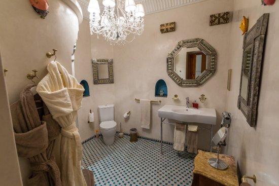 Riad Asrari: Mexican Room - Chambre Mexicaine
