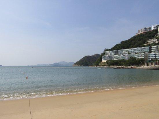 Repulse Bay: 人の少ない浜辺