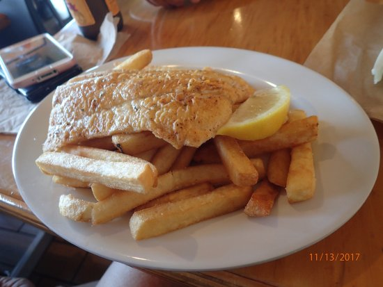 Kailis Fish Market Cafe: grilled snapper