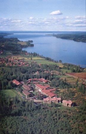 Leksand, Sweden: Västanvik ligger vackert vid Siljan