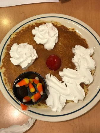 Bear, DE: Scary Face Pancake BEFORE assembly by the kids