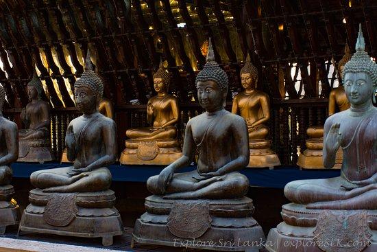 Seema Malaka Temple: Seema Malaka of Gangaramaya Temple