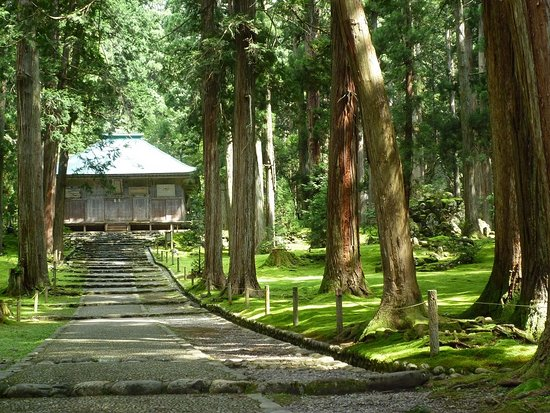Hakusan Shrine (Heisenji-Hakusan Shrine)
