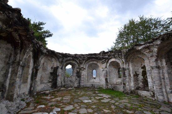 Ossuccio, Italien: ruïne