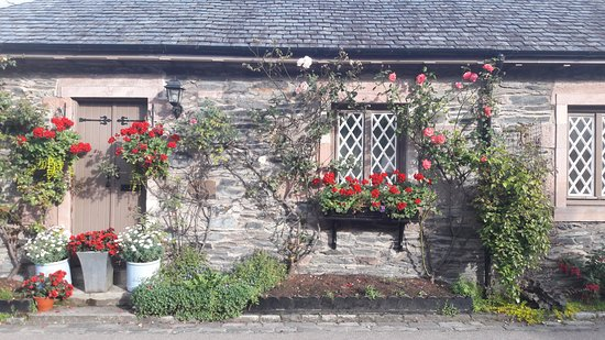Luss, UK: One of the charming houses