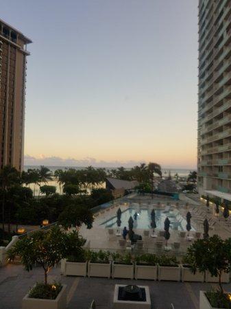 Waikiki Beach Marriott Resort & Spa: 20171114_064423_large.jpg