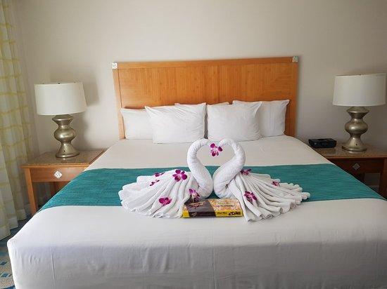 Waikiki Beach Marriott Resort & Spa: 20171114_121325_large.jpg