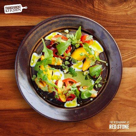 Beamsville, Canada: Tomato & Stonefruit Salad