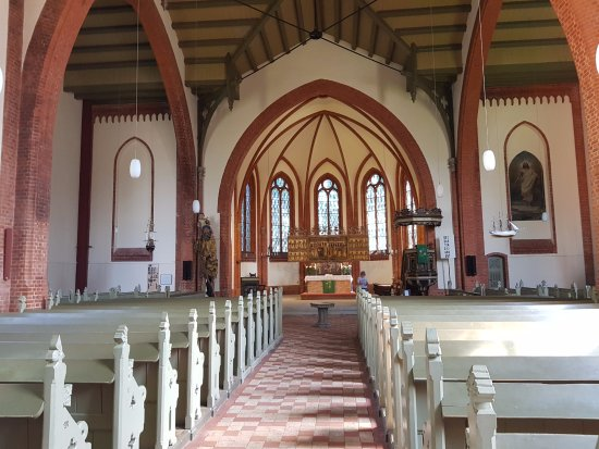 Warnemnde, Duitsland: Vista interna da Igreja