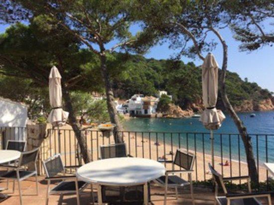 Tamariu, Spagna: Beautiful area for breakfast