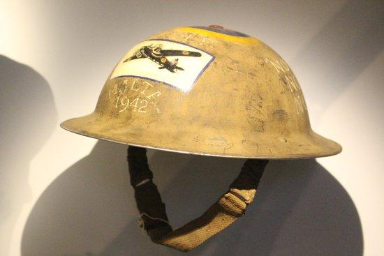 Fort St Elmo - National War Museum: Elmetto inglese