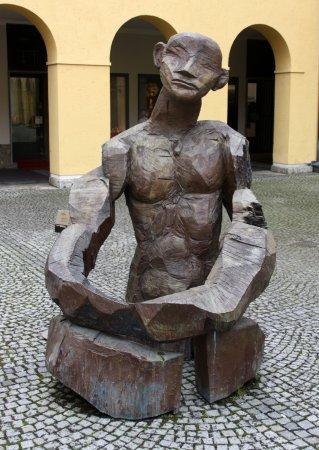Theatinerkirche St. Kajetan : Kunst im Theatinerhof