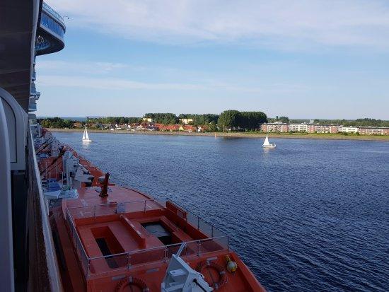 Warnemnde, Duitsland: Vista do porto de Warnemunde