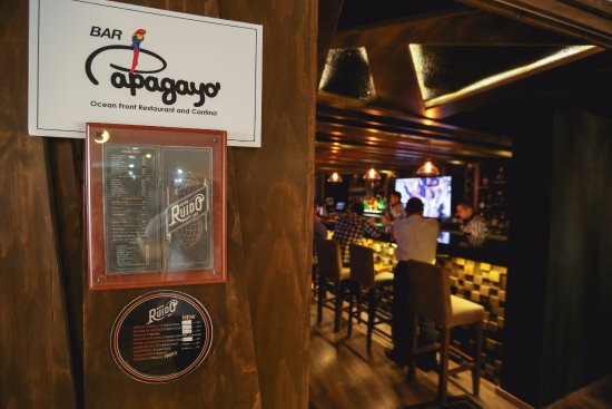The Inn at Mazatlan: Bar Papagayo