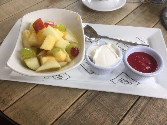 Thornham, UK: Fresh fruit salad with yogurt and raspberry coulis