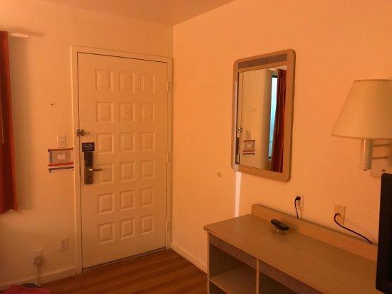 Motel 6 Fremont South: photo0.jpg