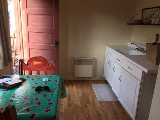 Ojo Caliente, NM: with small kitchen