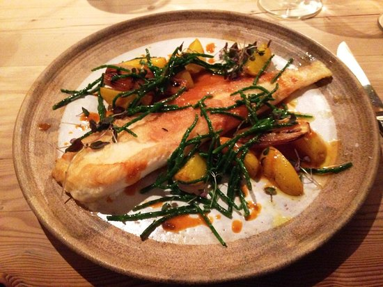 Little Eccleston, UK: Pan Fried Plaice with Saffron Potatoes