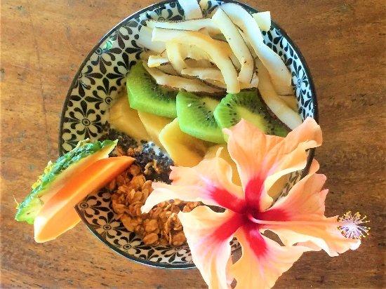 Playa Grande, Costa Rica: Yogourt and granola bowl !