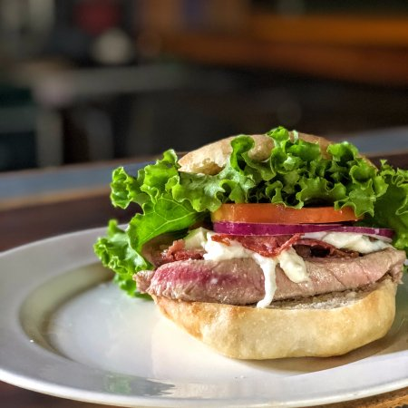 Playa Grande, Costa Rica: Baked tuna sandwich, bacon, lettuce, onions, fresh mozzarella cheese