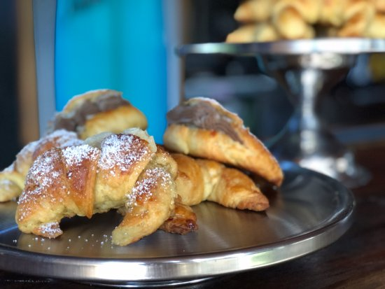Плайя-Гранде, Коста-Рика: Every day fresh bakery croissants