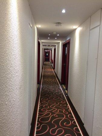 Villemandeur, France: Hotel Inn Design Resto Novo Montargis