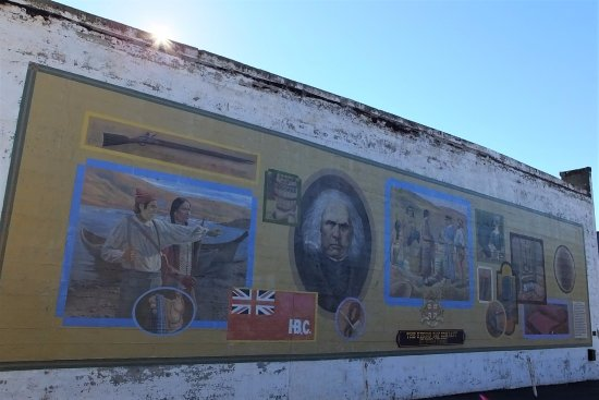 The Dalles, OR: Hudson Bay Company mural