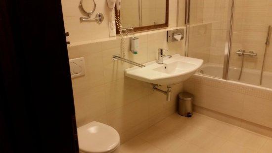 Zlin, جمهورية التشيك: Kúpeľňa s WC