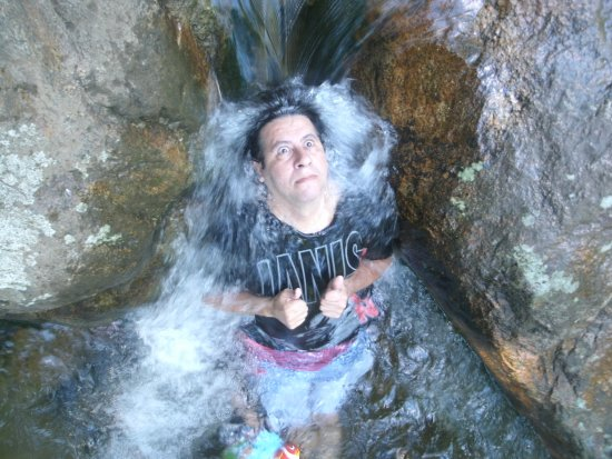 Xerem, RJ: Queda de Cachoeira. Delícia!