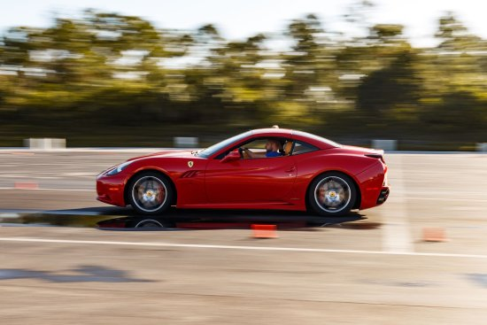 Thompson, CT: Ferarri on the Autocross