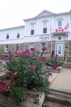 Baddeck, Canadá: Attractive!Quite old, but still beautiful!